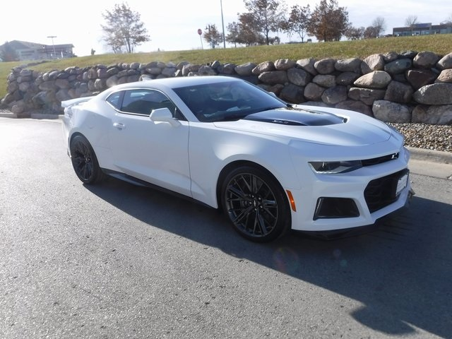 New 2018 Chevrolet Camaro ZL1 2D Coupe in Omaha #D4050 | Gregg Young ...